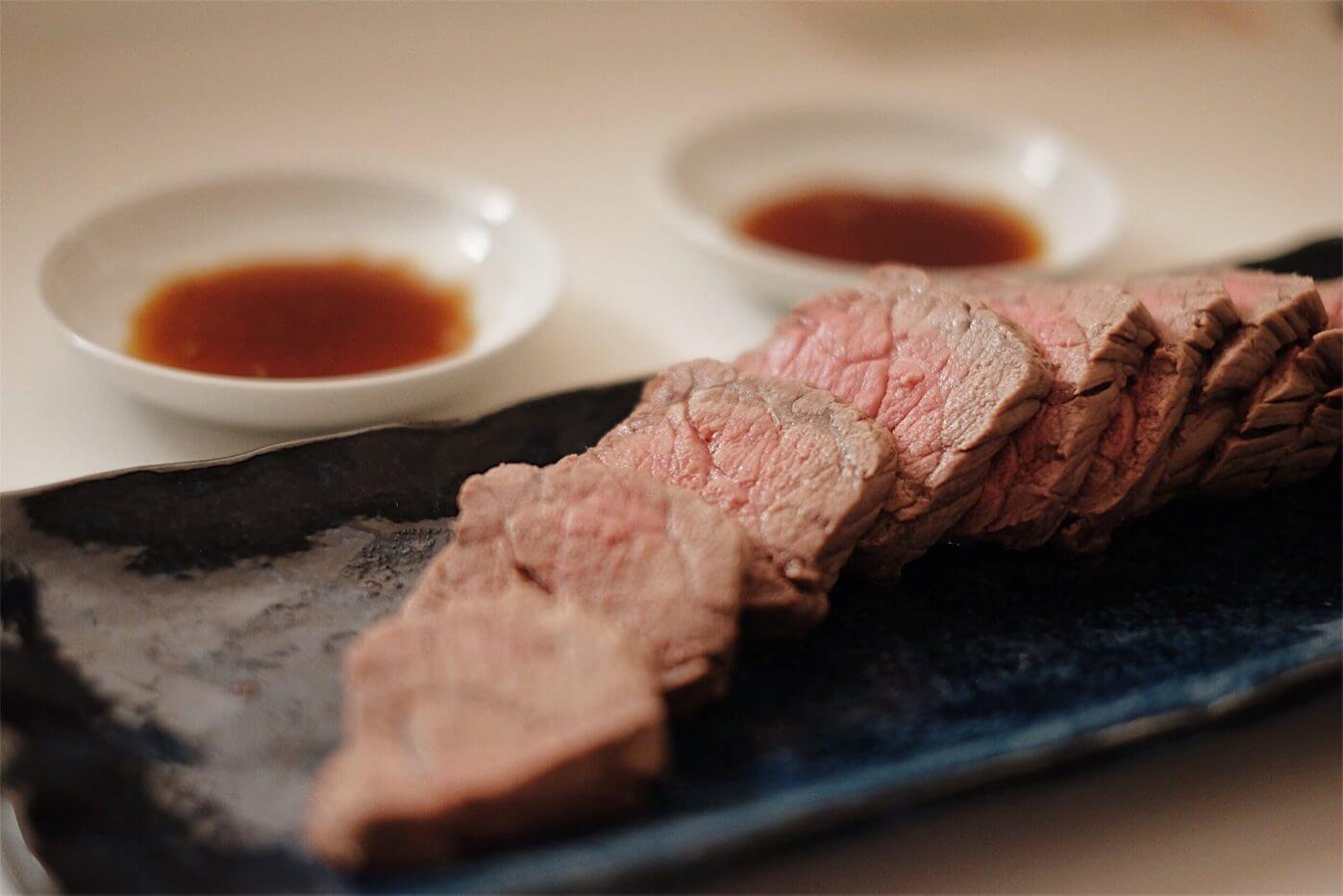 絶対失敗しない電子レンジで調理時間3分でできるローストビーフの簡単レシピ